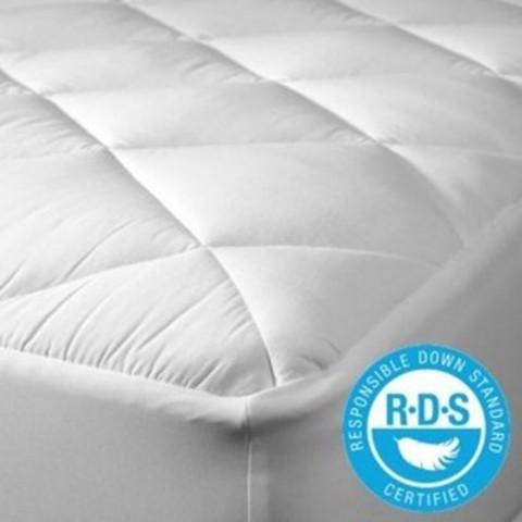 Cubre colchón con relleno de pluma / Certificado RDS Cubre Colchón